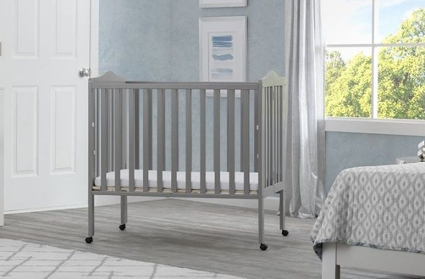Folding Mini Portable Crib with Mattress by Delta Children