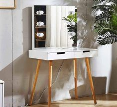 9 Makeup Vanity Tables with Lights – You'll Want for Your Bedroom