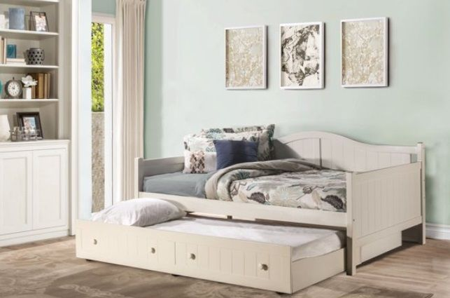 Hillsdale Furniture Staci Full Daybed with Trundle
