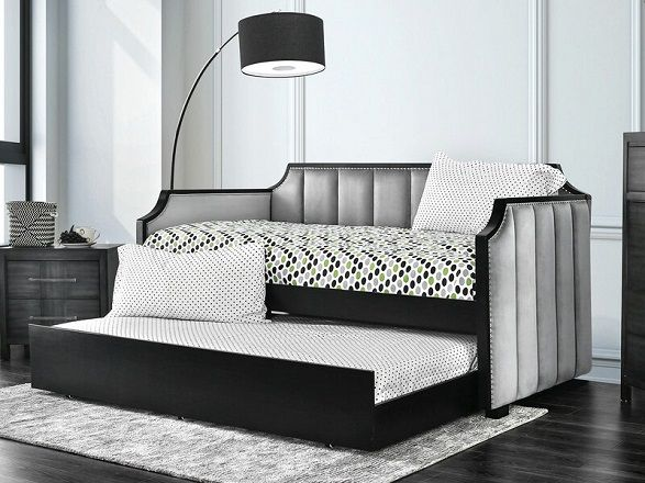 Hajek Extra-Long Twin Daybed with Trundle, by Everly Quinn