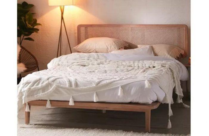 Marte Platform Bed